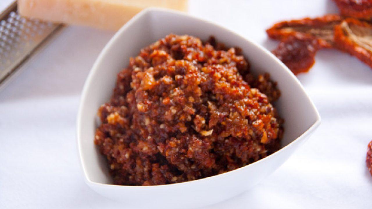 Ricetta Pesto Rosso.Ingredienti Pesto Rosso