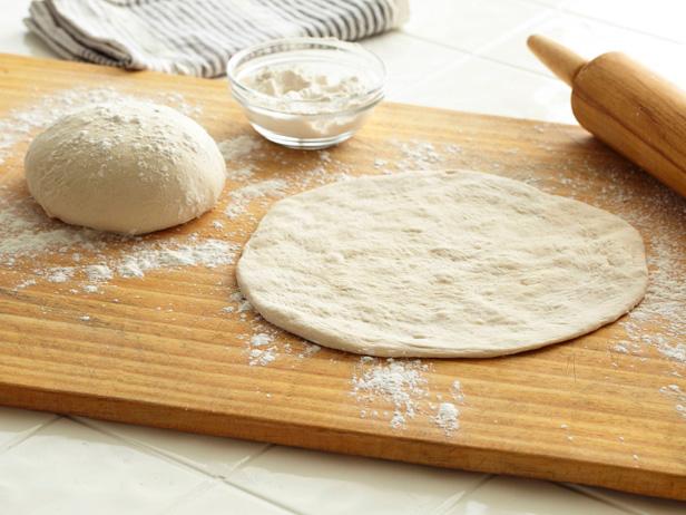 Ingredienti pasta per la pizza