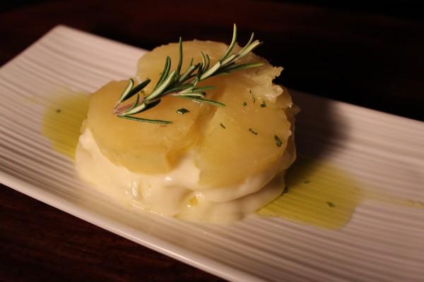 Millefoglie di patate al rosmarino