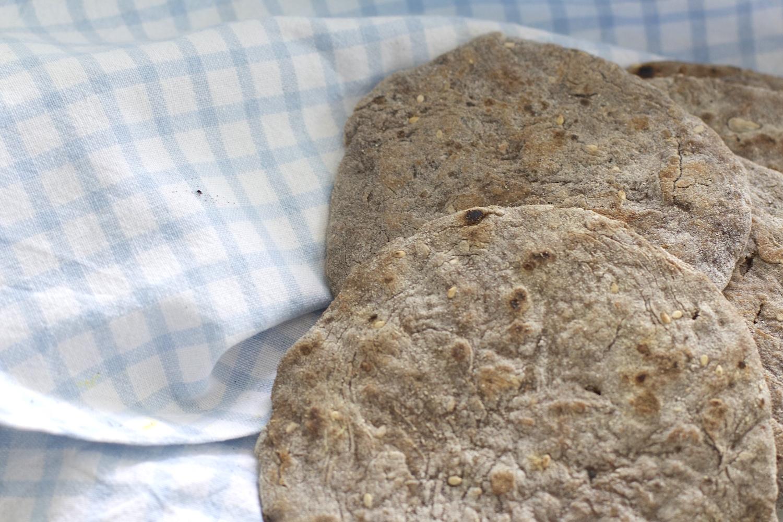 Pane integrale fatto in casa senza lievito