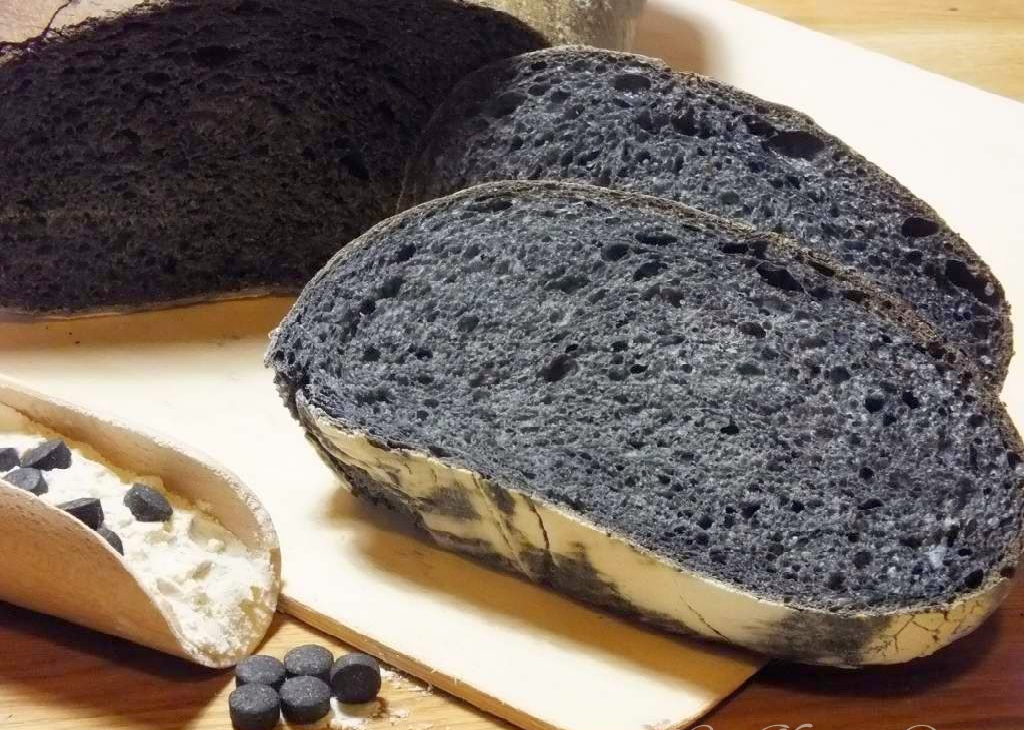 Come fare il pane nero in casa