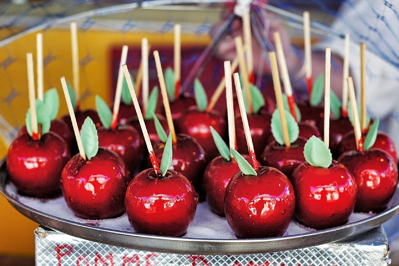 Come fare le mele caramellate in casa