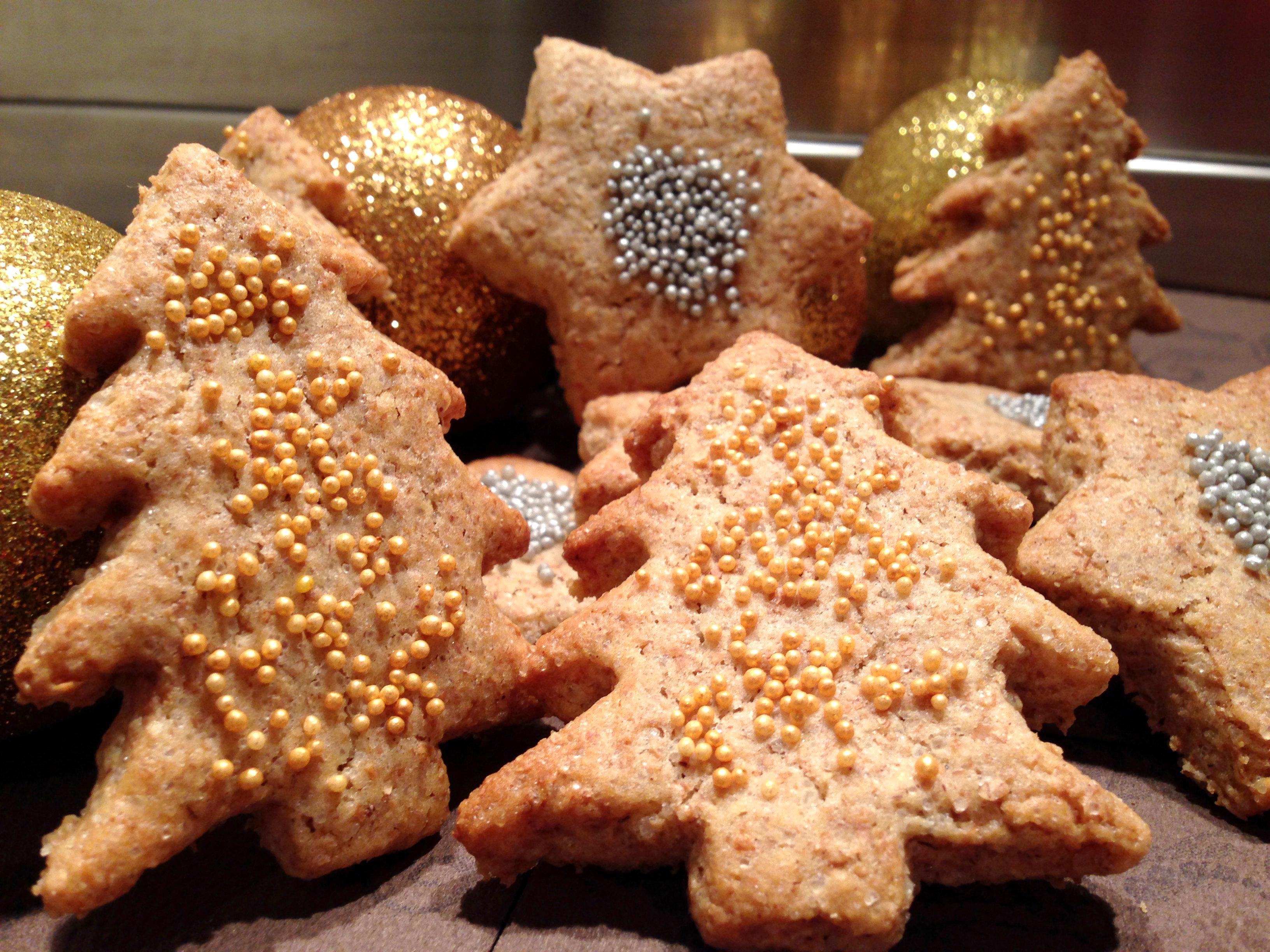 Biscotti Di Natale 1 Uovo.Biscotti Di Natale Allo Zenzero Sapori Nuovi Food Blog