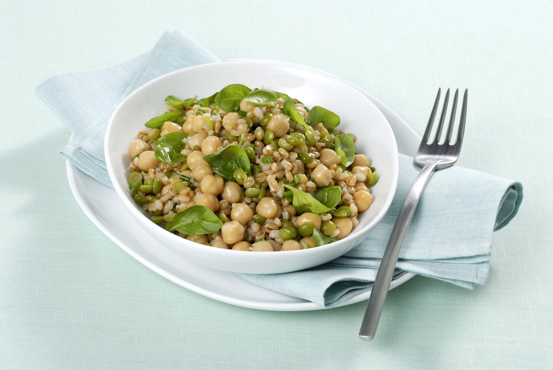 insalata d'orzo vegetariana