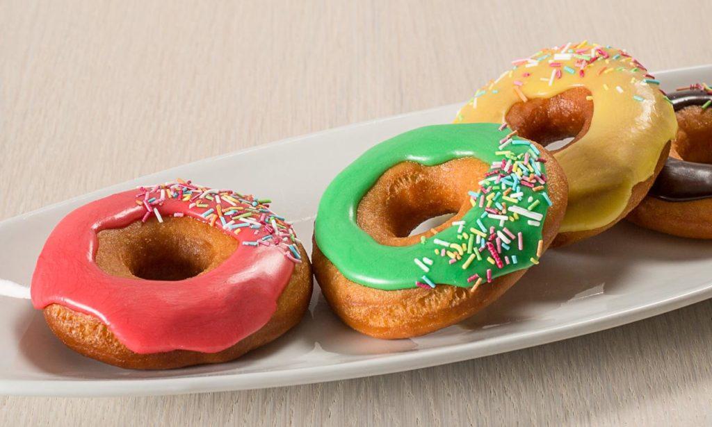 57f596f715a00 donuts glassati 1024x615