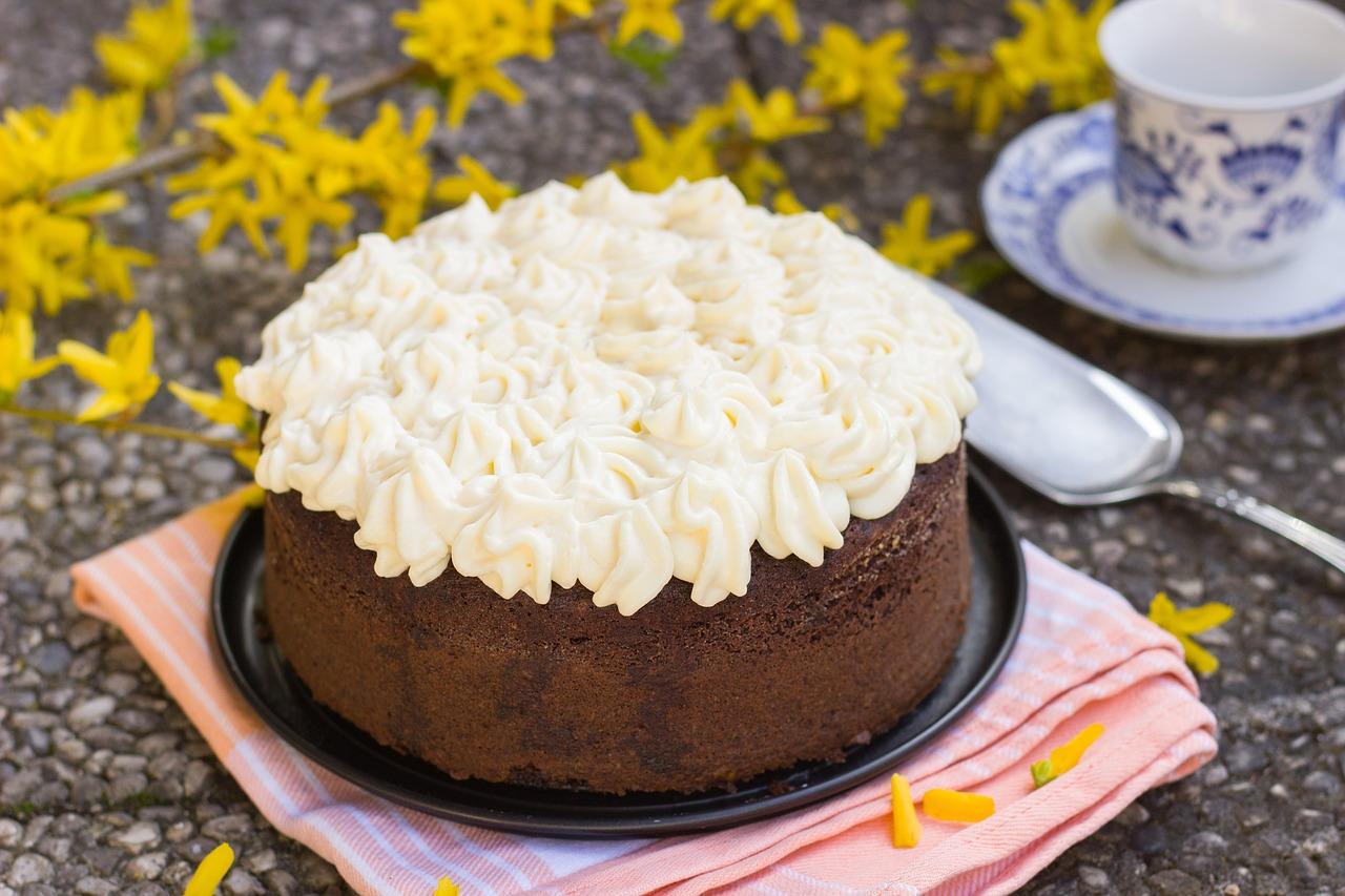 torta di compleanno semplice