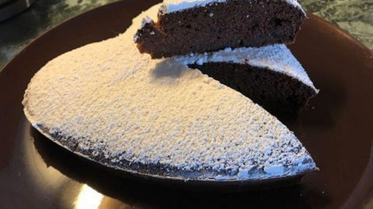 torta alla barbabietola rossa