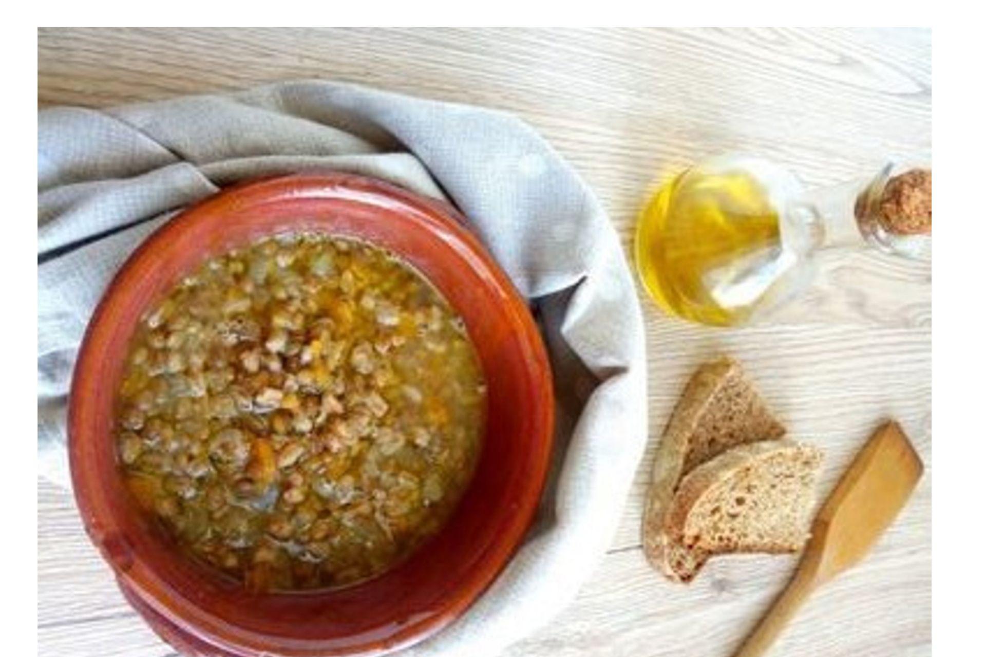 minestrone di verdure con farro