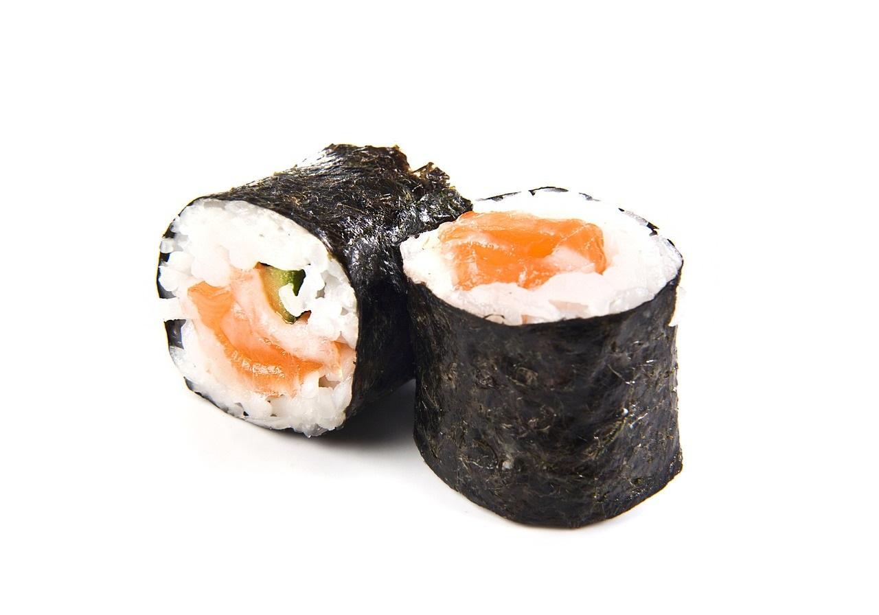 Come fare il sushi in casa in poche semplici mosse: la ricetta