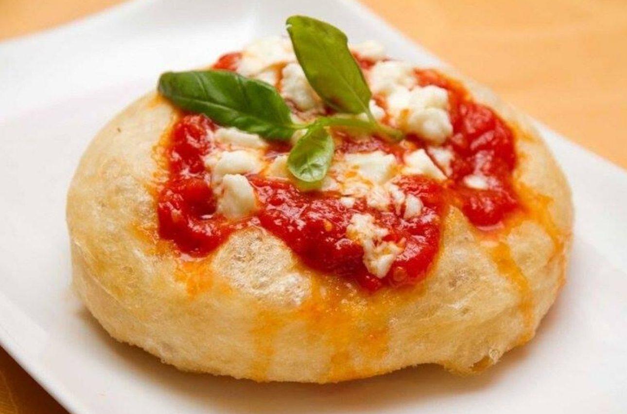 Black Friday pizza fritta a Napoli
