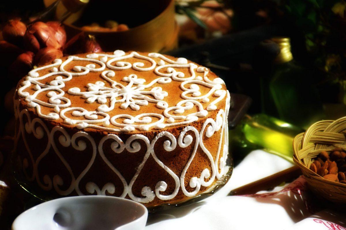Torte di Natale decorate con la pasta di zucchero