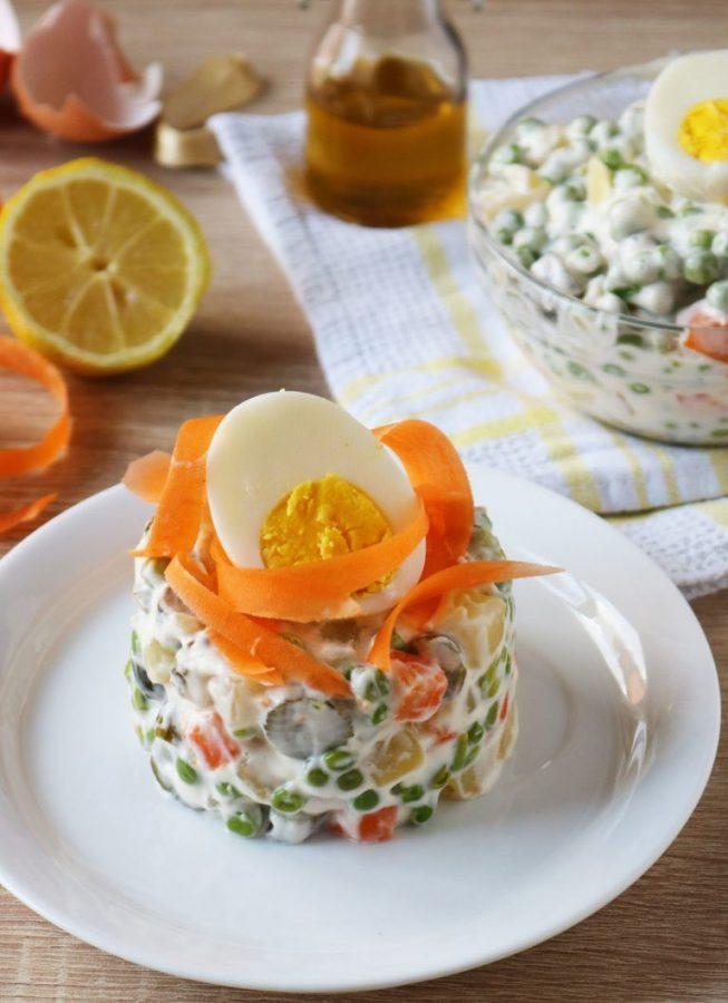 insalata russa e uova soda