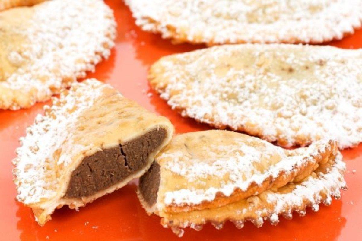 dolci di carnevale marchigiani ravioli di castagne
