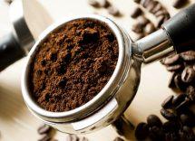 fondi di caffè uso cosmetico
