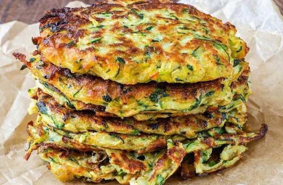 Frittelle di verdure al forno senza uova: la ricetta