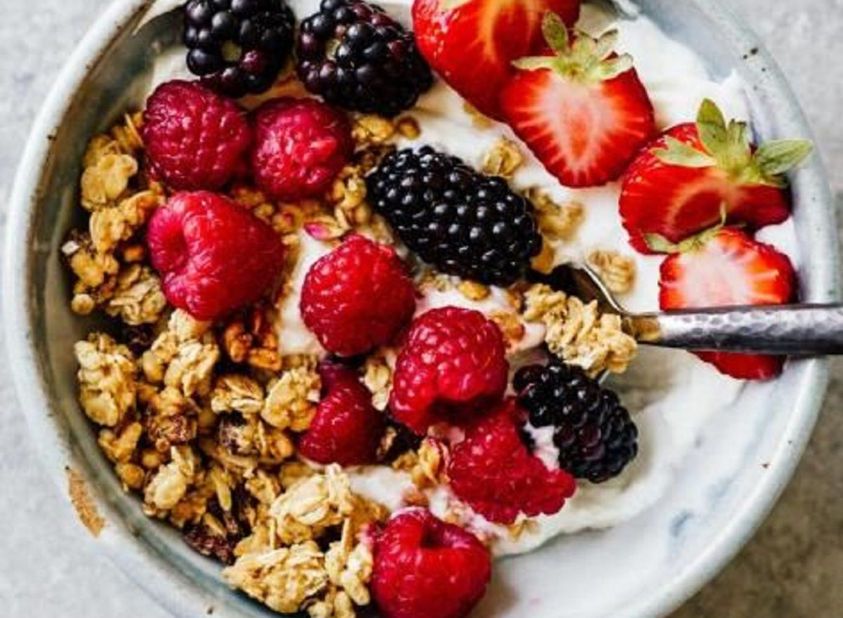 si può mangiare uno yogurt scaduto da una settimana
