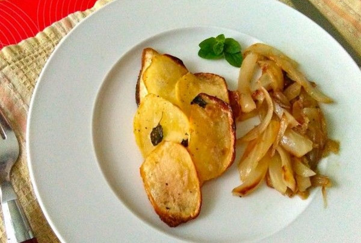 filetti di orata in crosta di patate al forno