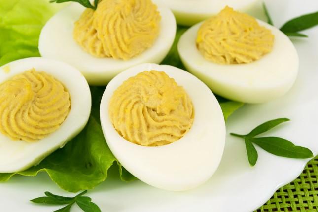 Uova ripiene di tonno senza maionese