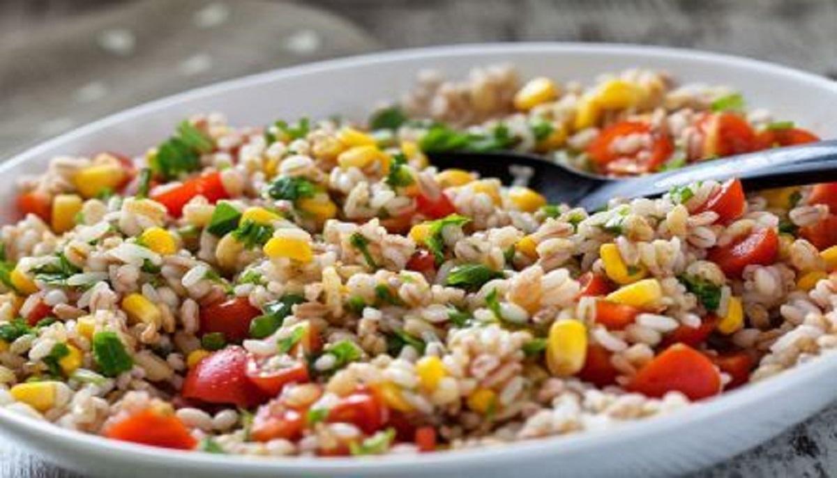 Insalata di riso vegan integrale