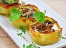 nidi di patate e funghi