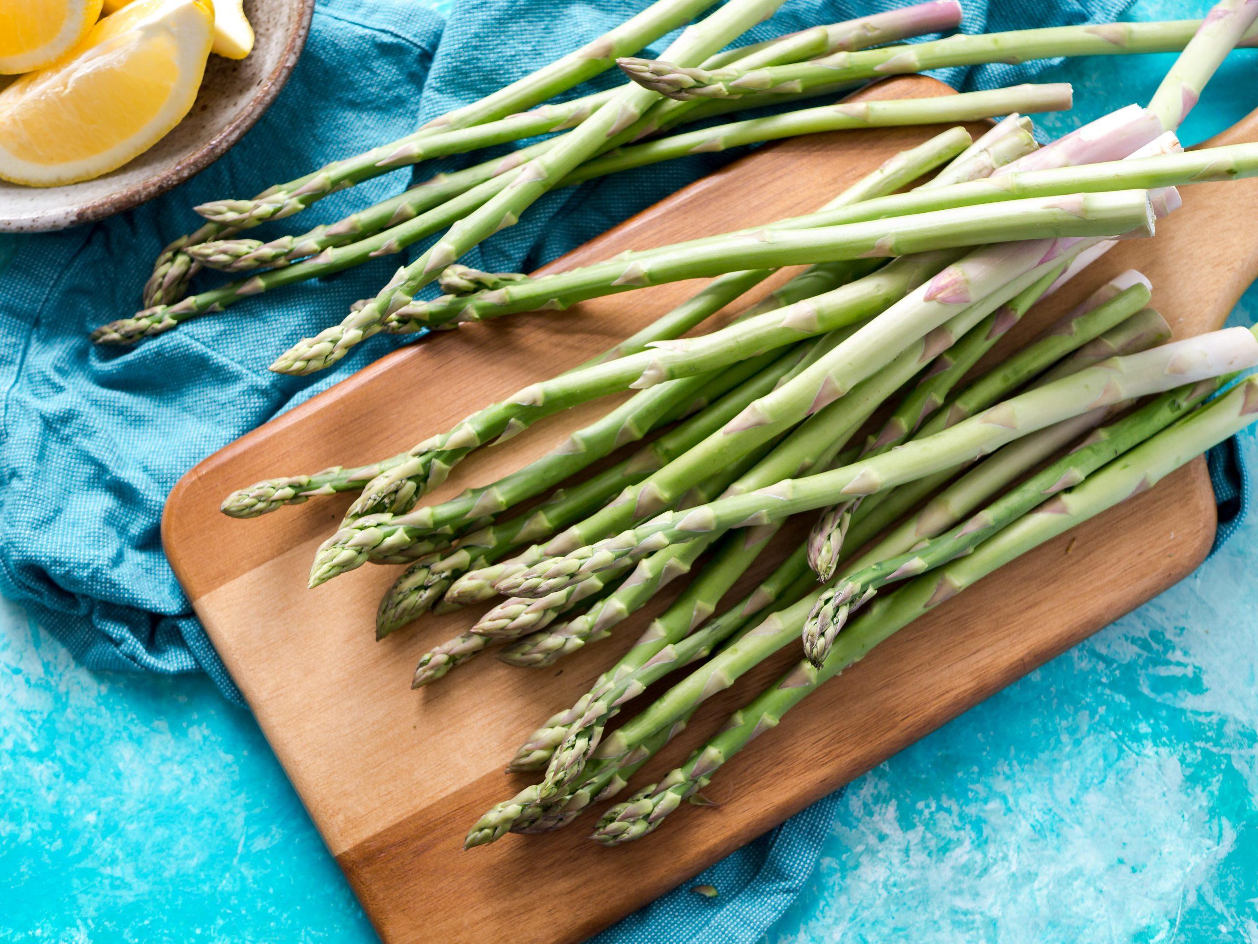 Pasta con asparagi e ricotta salata