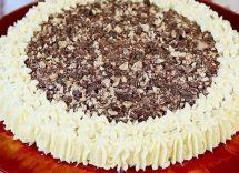 cheesecake di torrone e amaretti