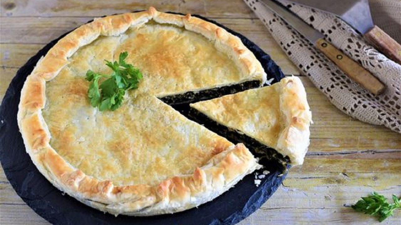 Erbazzone Emiliano Ricetta Originale.Erbazzone Reggiano Ricetta Originale Per Un Pasto Completo Food Blog