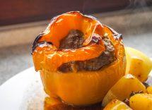 Peperoni ripieni in crosta