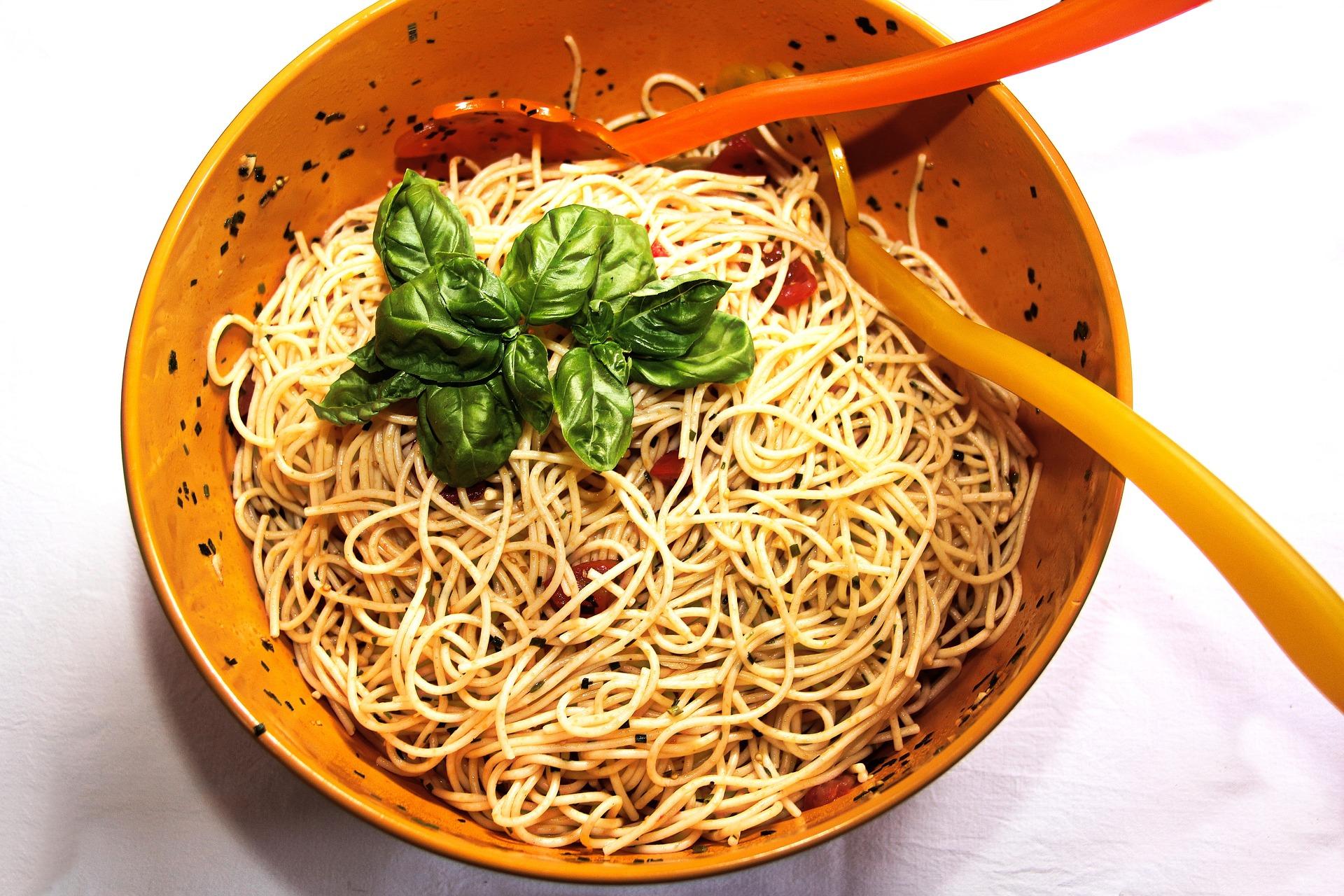 Spaghetti al mirto ricetta
