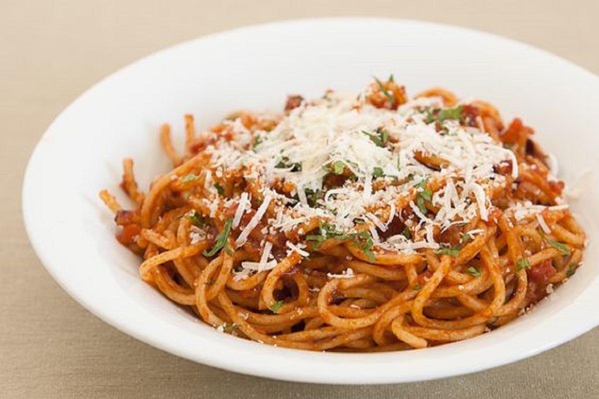 spaghetti alla napoletana ricetta originale