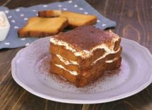 tiramisu light con fette biscottate e yogurt