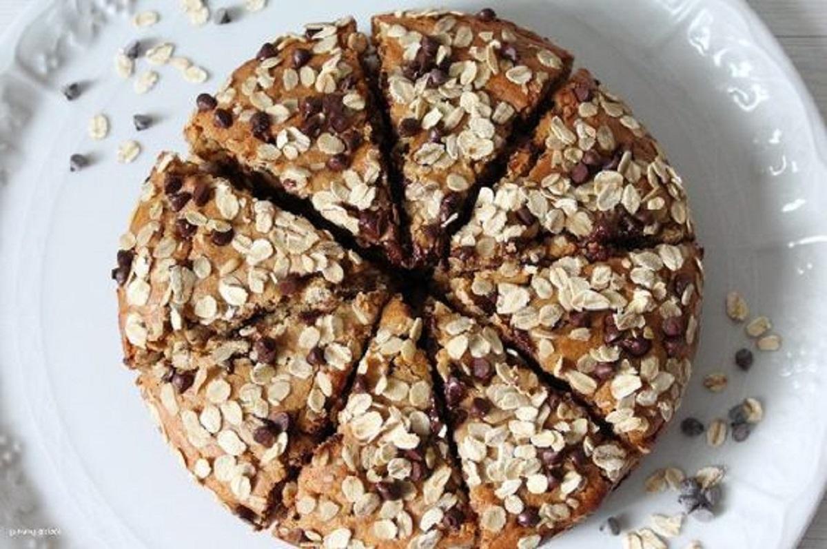 Torta ai fiocchi d'avena con cremor tartaro