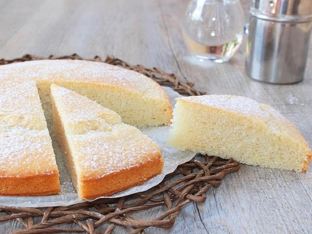 torta alla vaniglia senza uova e burro