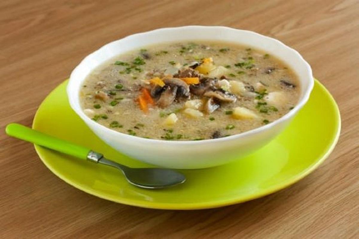 zuppa con bucce di patate