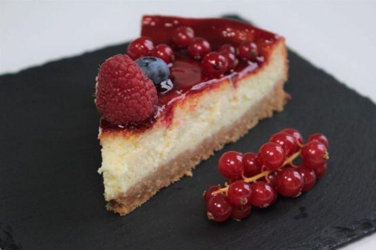 Cheesecake alla frutta senza colla di pesce