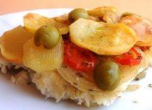 filetti di platessa al forno con patate e pomodorini