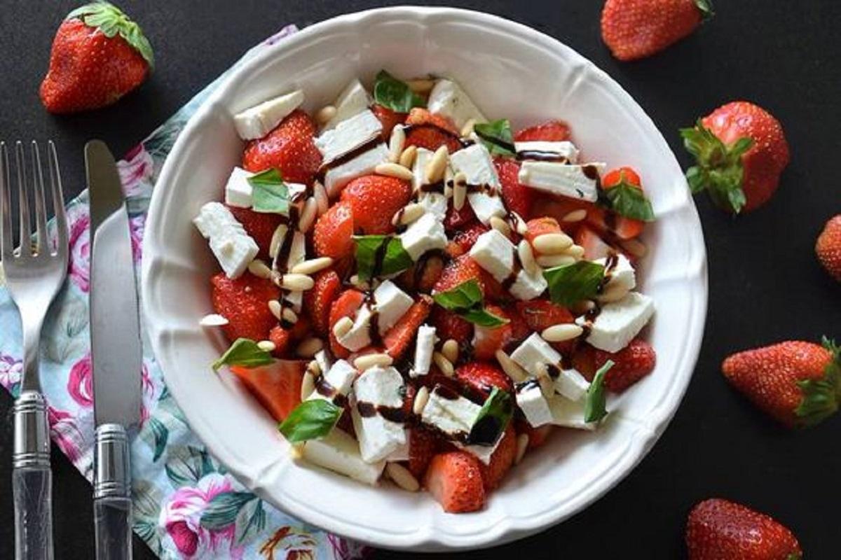 insalata di fragole e feta