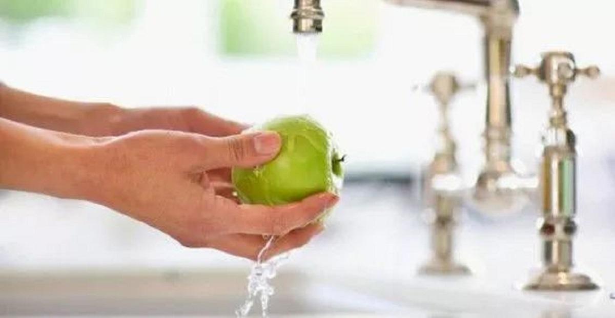 lavare spesa con amuchina