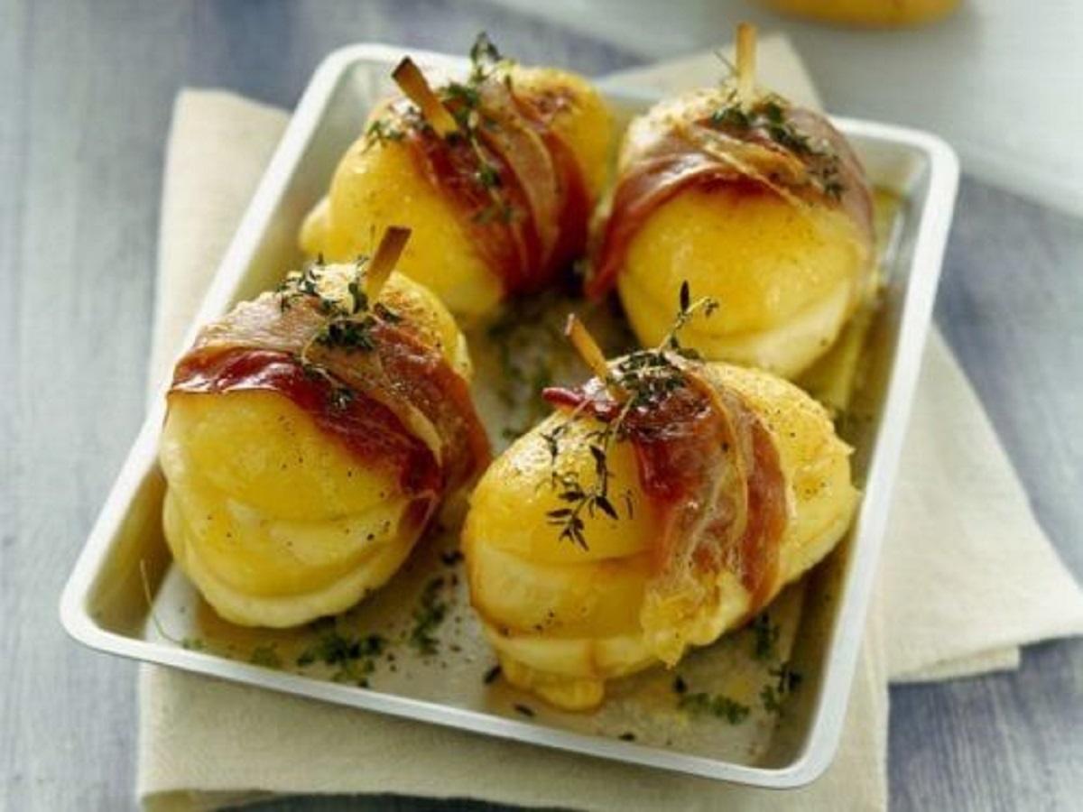 sandwich di patate con scamorza e prosciutto crudo