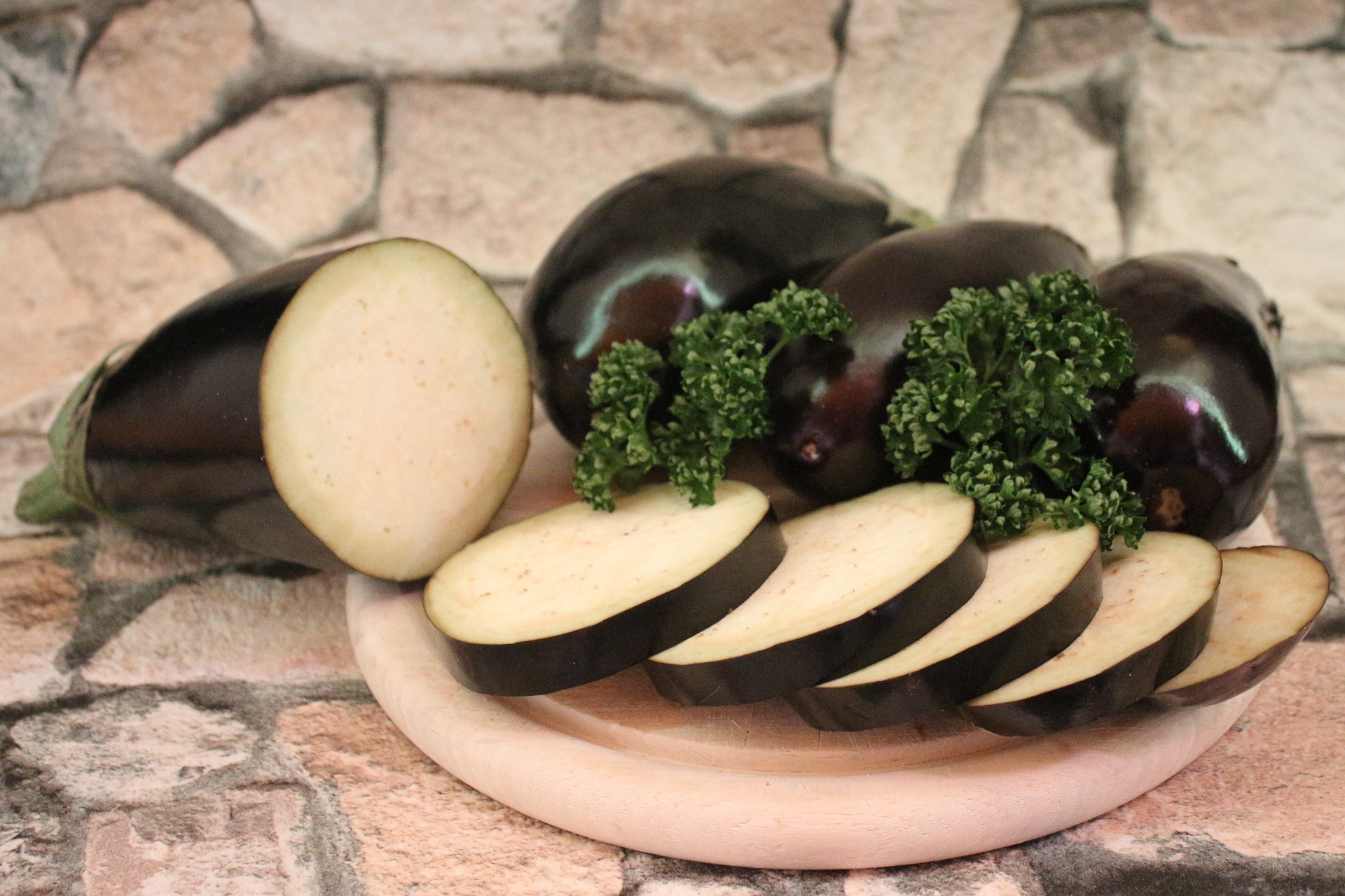 caponata di pesce spada e melanzane alla siciliana