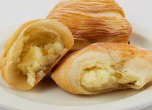 conchiglie di pasta sfoglia con crema pasticcera
