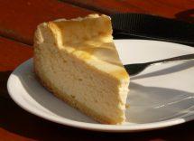 torta umida al cioccolato bianco