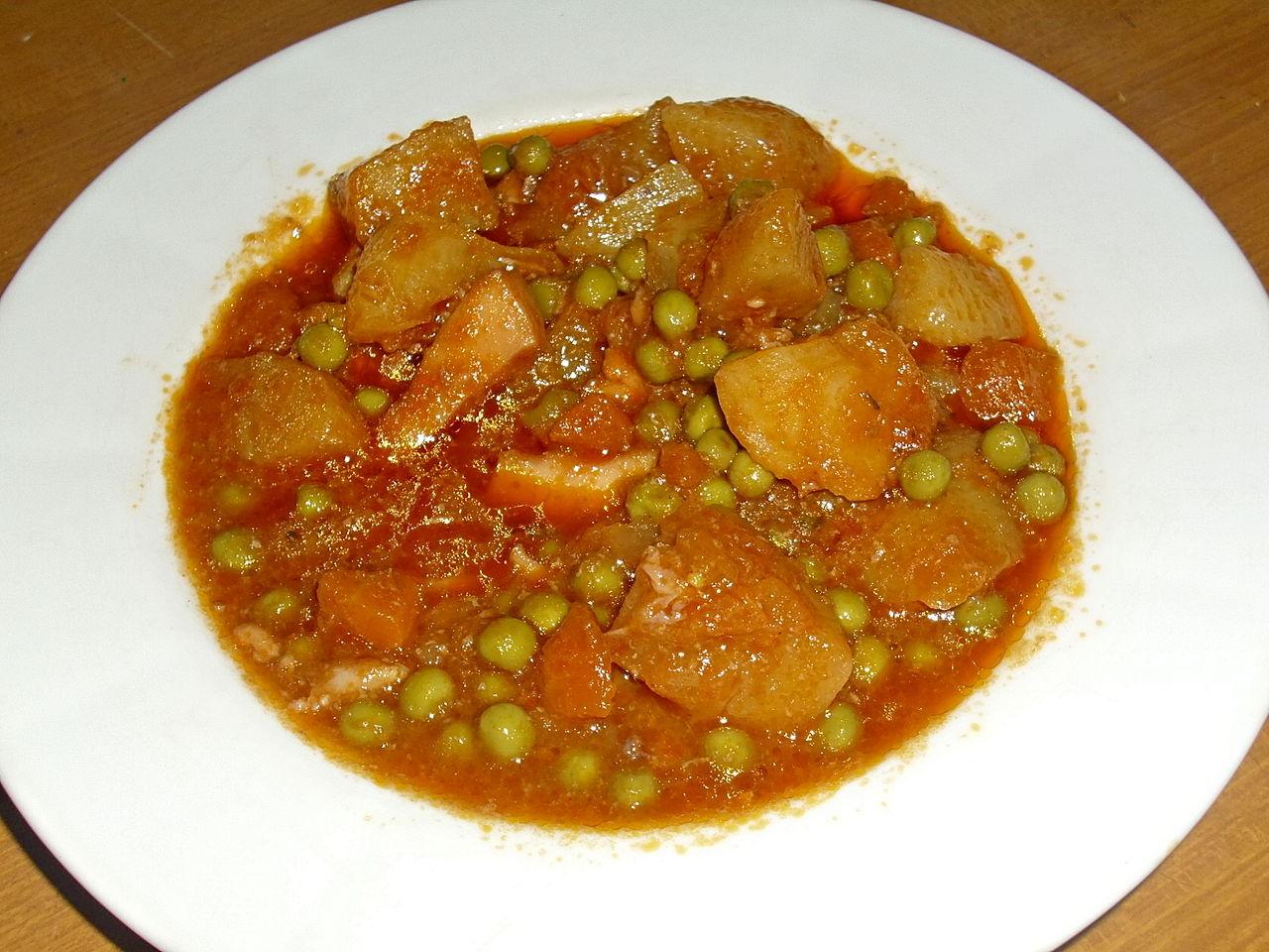 seppie in umido con piselli e patate