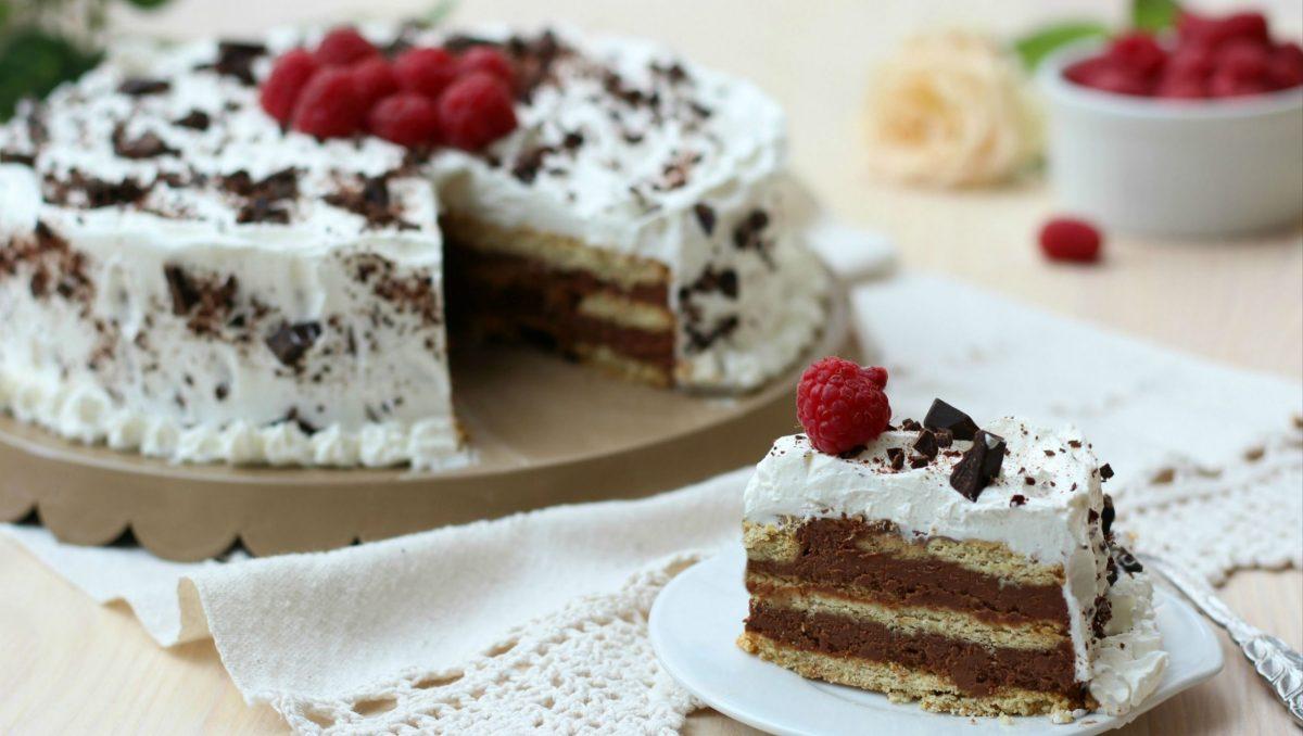 Torta biscottata al cioccolato