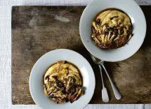 Medaglioni di polenta con funghi e formaggio