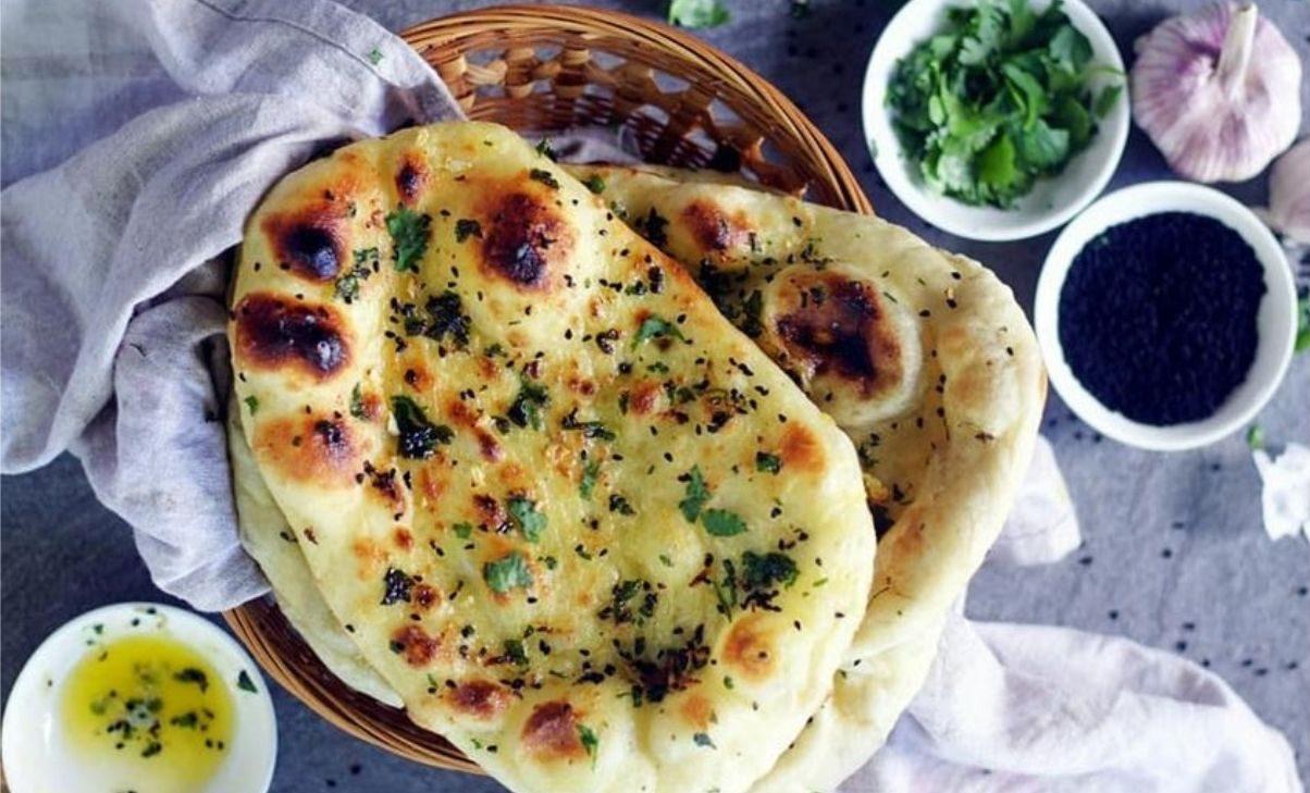 Pane naan senza lievito e senza yogurt