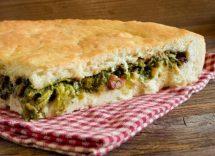 Pizza di scarola napoletana ricetta originale