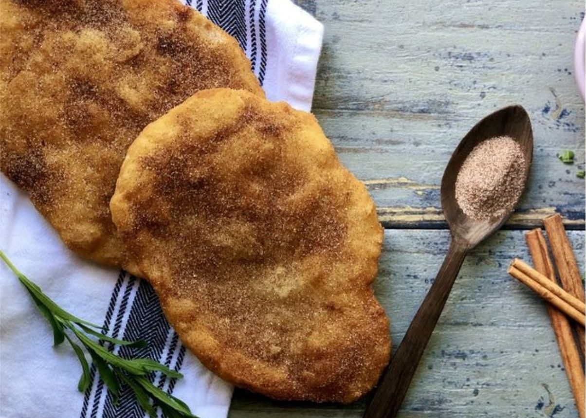 Pane fritto con zucchero e cannella