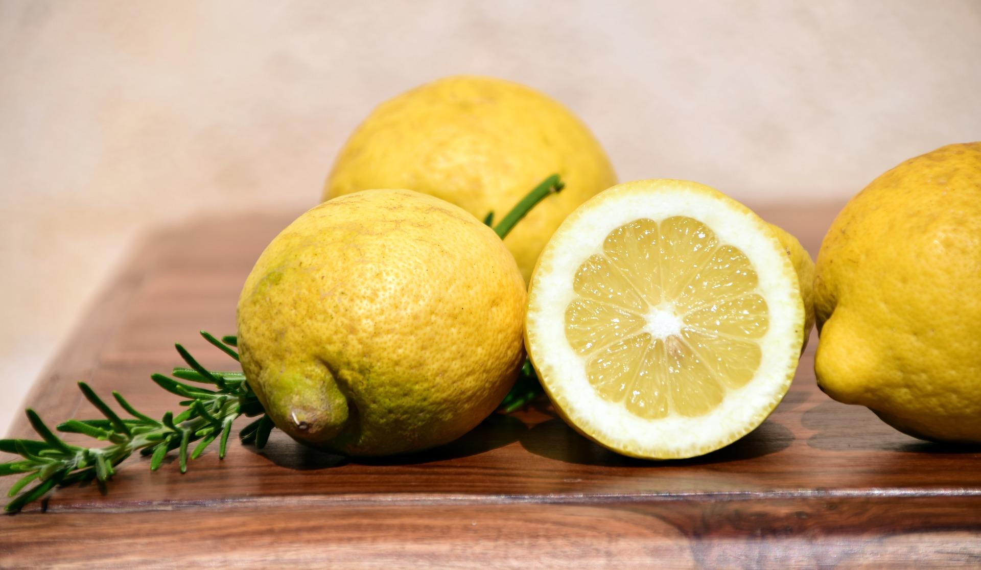 limoni sciroppati