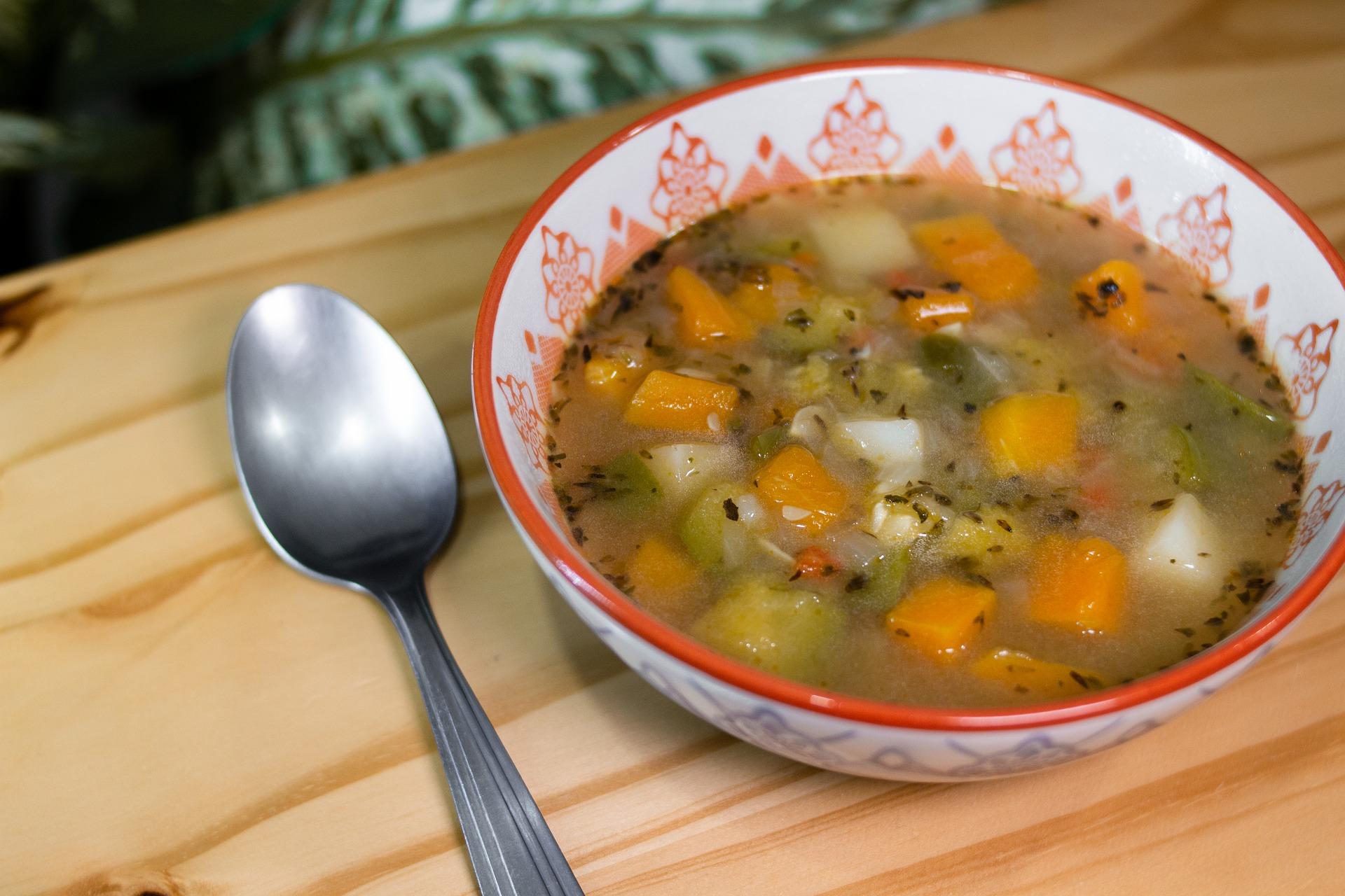 minestra con carote zucchine e patate